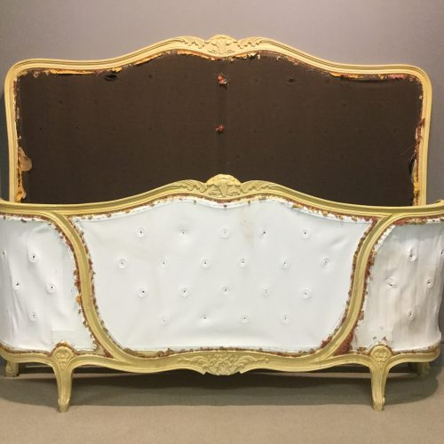 Original painted corbeille bed